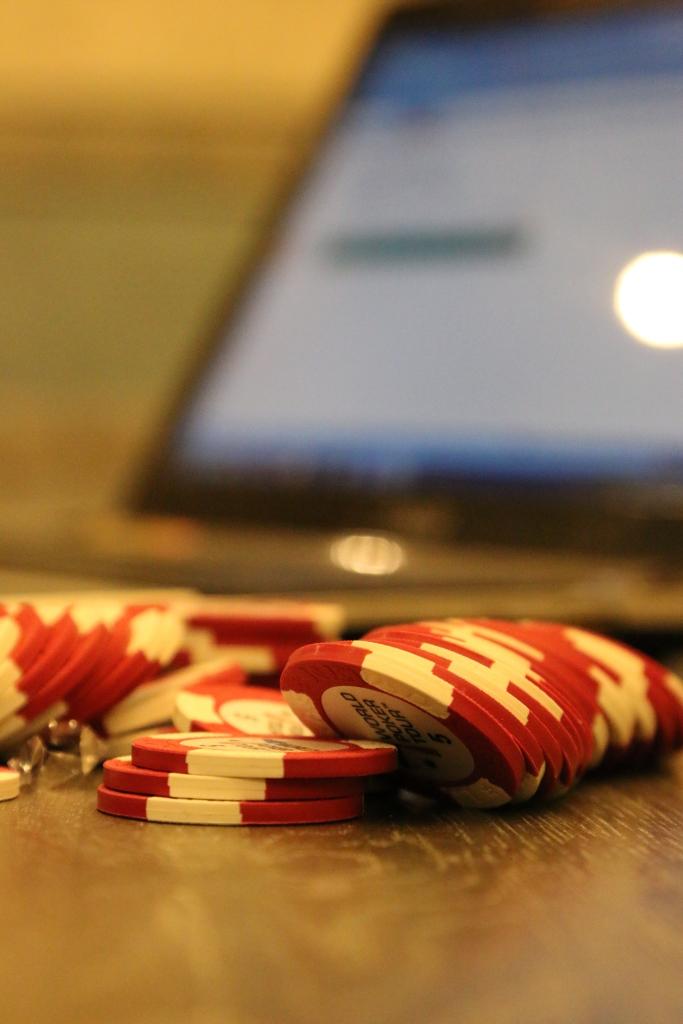 Видео ролик о деловой игре Управление запасами в цепочках поставок